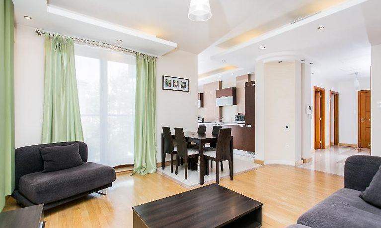 apartment hamilton suites atlantis family クラクフ